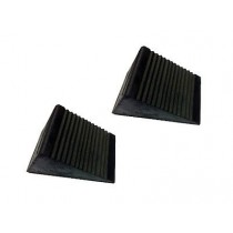 PAIR OF RUBBER WHEEL CHOCKS 0.60KG SUITABLE FOR CARS, TRAILERS & CARAVANS.
